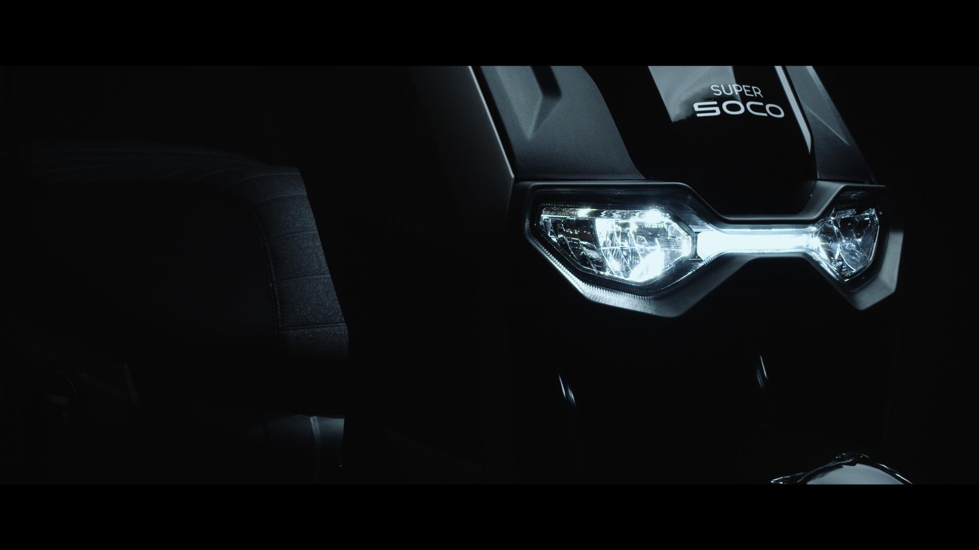 Super SOCO CPx – A nagykerekű elektromos robogó